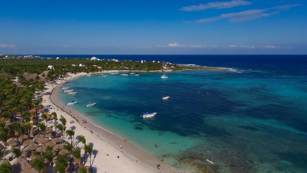 akumal_mexico_playa de akumal_by_dronepicr
