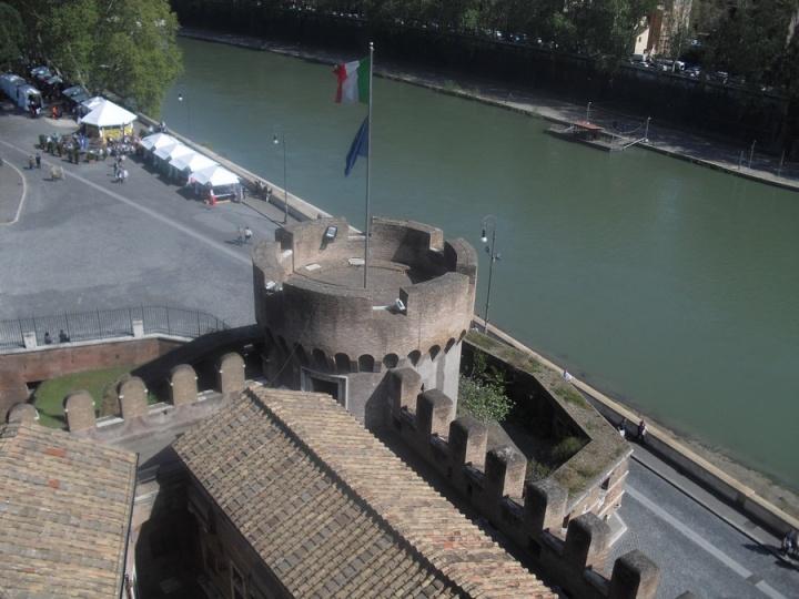 castillo-santangelo_roma_italia_CIMG2008
