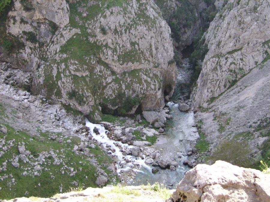 ruta-cares_asturias_espana_SSA50084