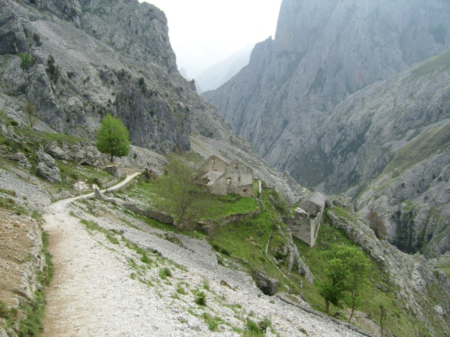 ruta-cares_asturias_espana_SSA50112