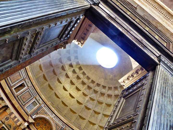 roma-italy-pantheon